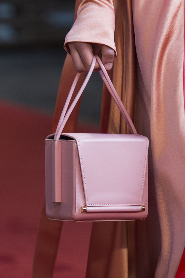 100 bags we want from the spring/summer 2019 catwalks #bags