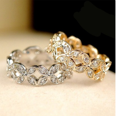 Beautiful Clover Crystal Alloy 18K Gold Plated Women's Ring