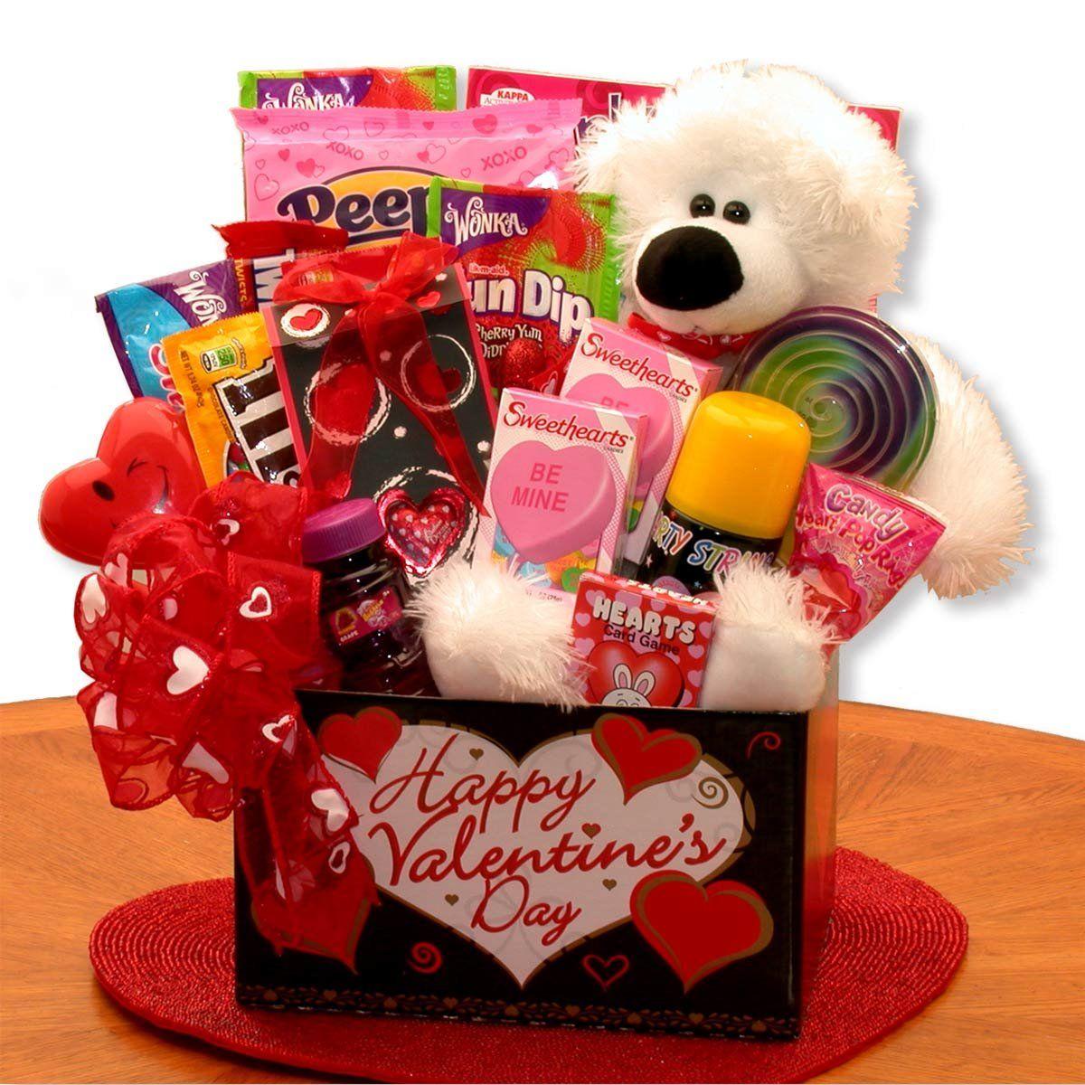 Valentine Gifts Online Best Valentine S Day Gift Ideas For Him Her India In 2020 Valentine S Day Gift Baskets Valentines Gift Box Kids Gift Baskets