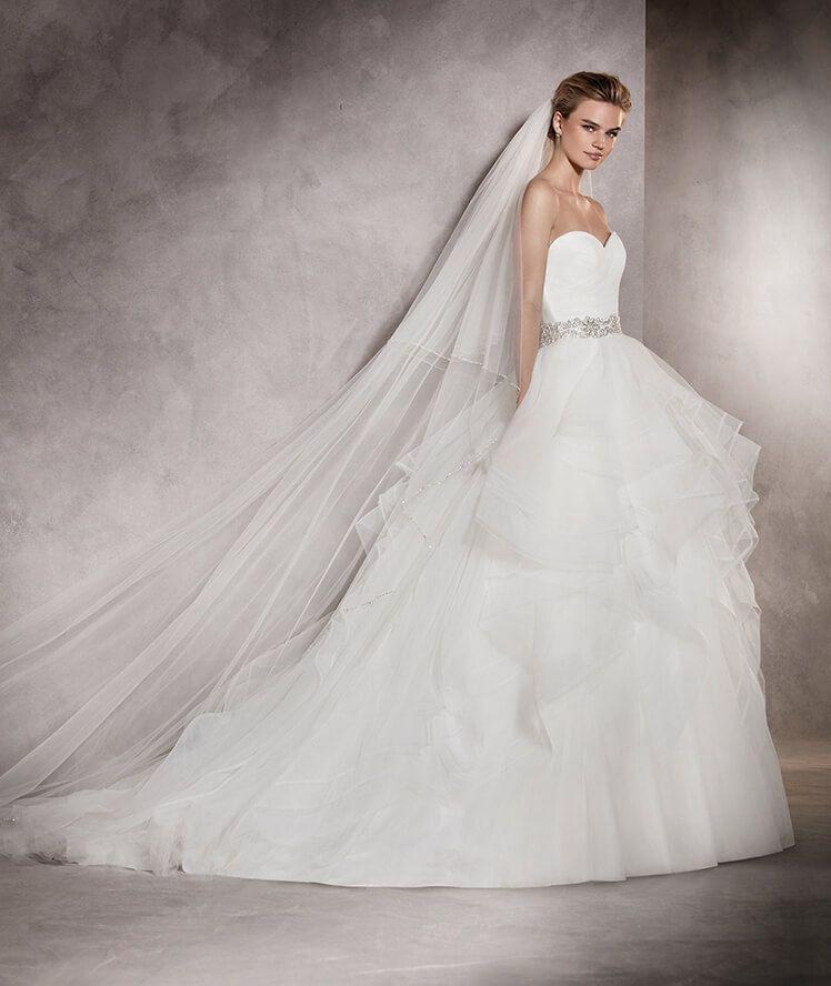 Albania - Brautkleid aus Tüll und Nylon mit Volumen und Schwung ...
