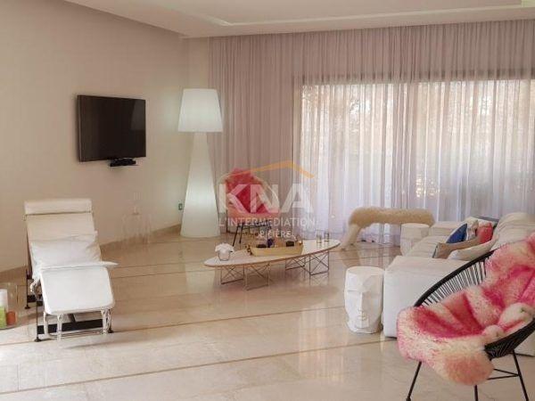 Superbe appartement meublé au 3ème étage d\u0027une résidence de très