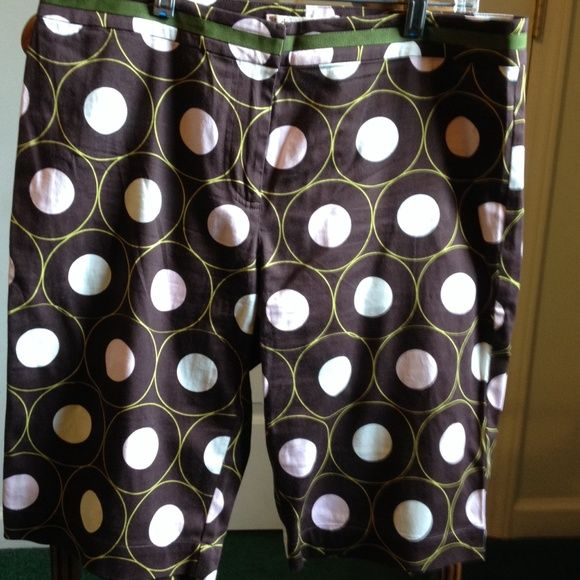 Super cool Golf Shorts! Soft, lightweight, pockets front and back. Pink and white polka dots, with a green ribbon trim at waist. Claude Brown Shorts