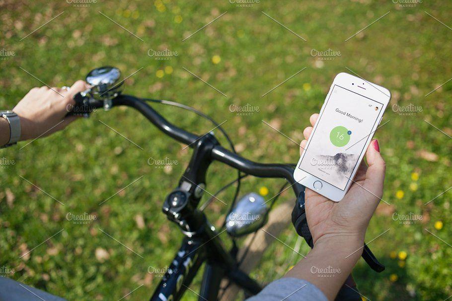 Download Iphone 6 Bike 8 Photo Mockups Iphone Photo Iphone Mockup