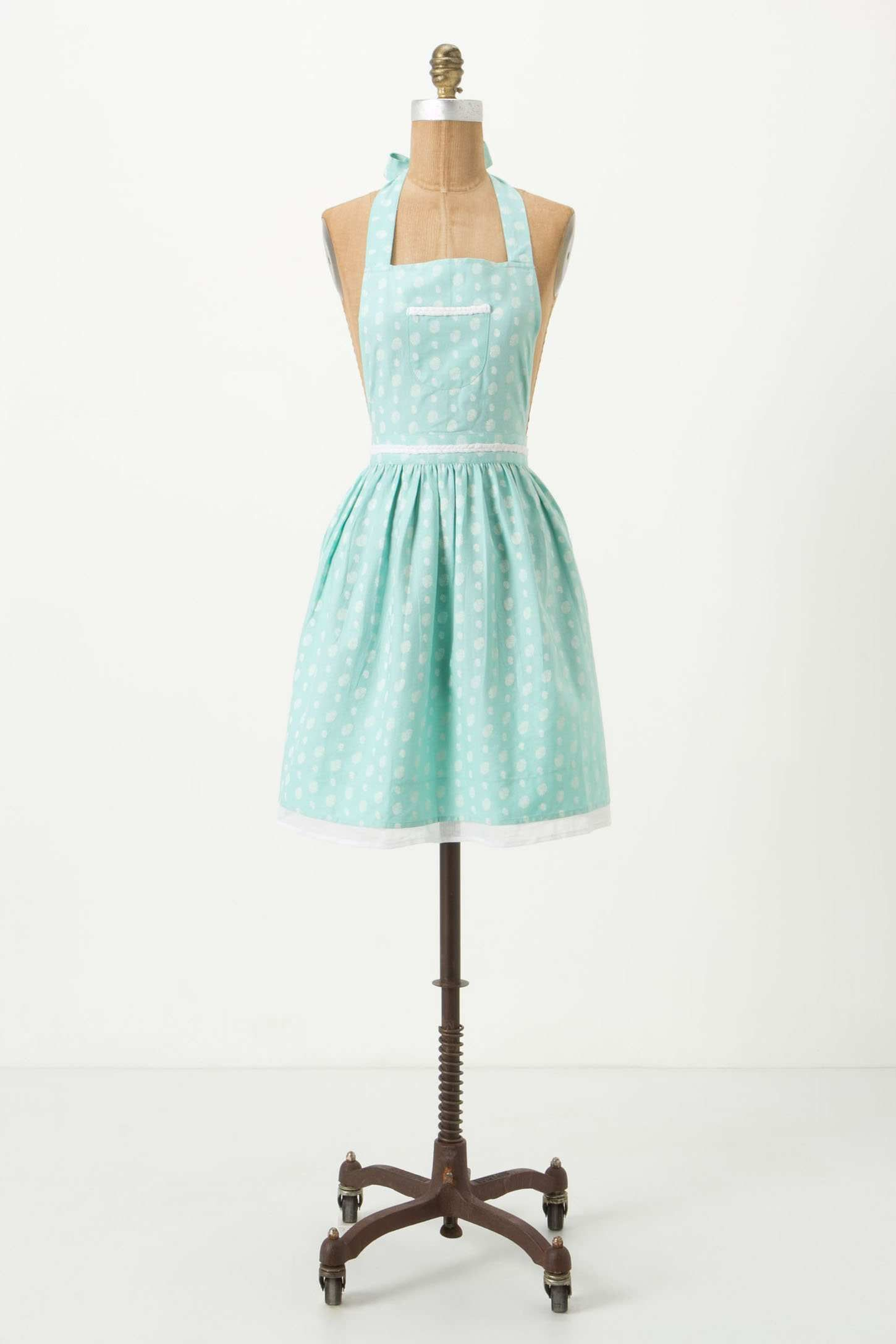 Apron I have this thanks to @taylornelson | Closet Inspiration ...