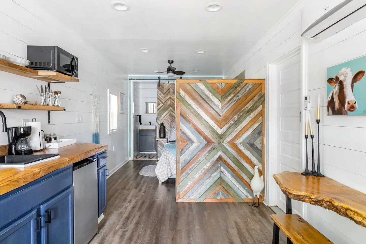 27 Tiny Houses In Georgia You Can Rent On Airbnb In 2021 Tiny House Living Tiny House Rentals Tiny Houses For Rent
