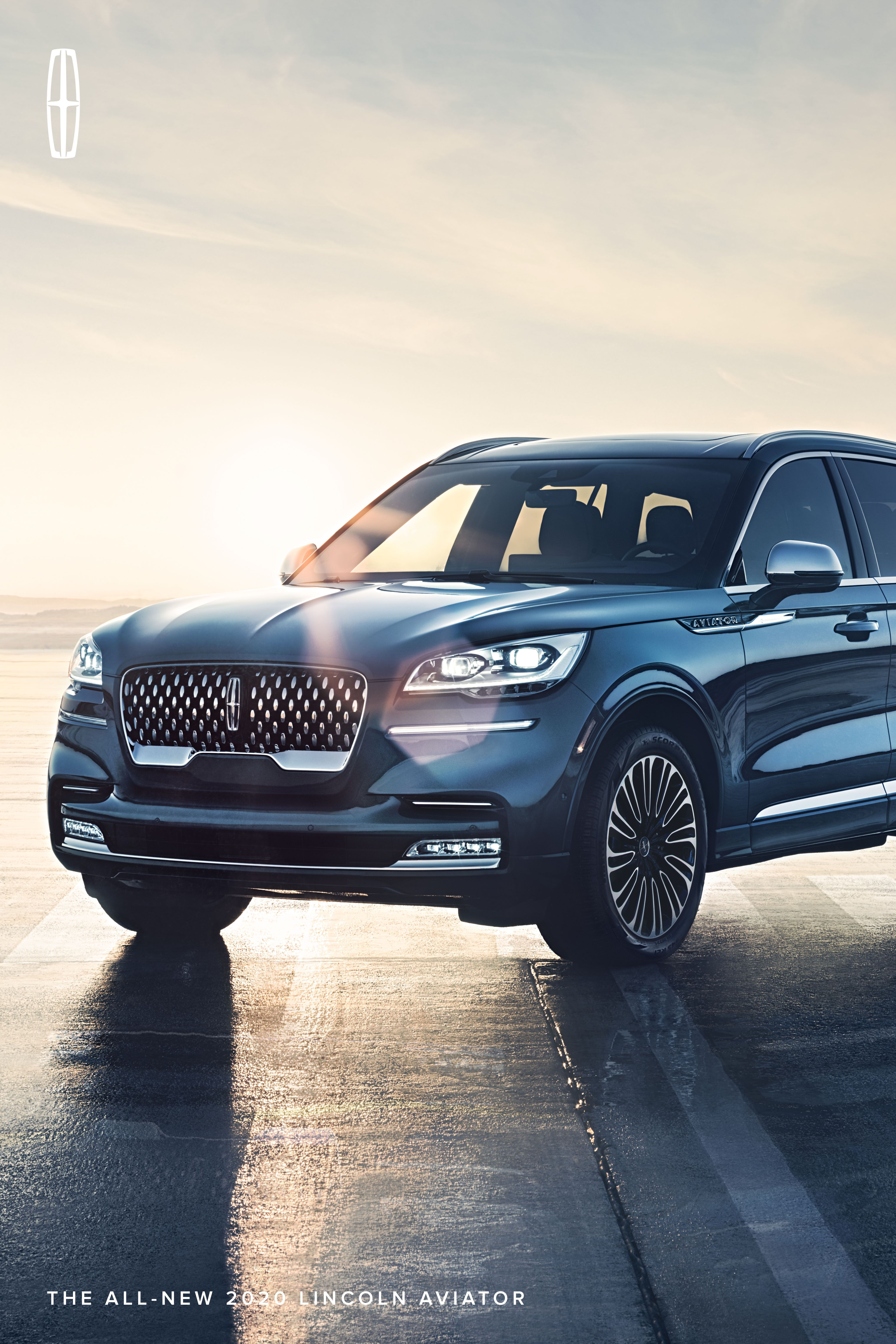 Choose Calm Over Chaos Introducing Our Newest Luxury Suv The Lincoln Aviator Available In Standard Gas And Grand Touring Luxury Suv Lincoln Cars Aviation