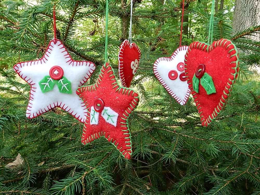 Star and Heart Holiday Decorations - Red White - Whimsical Christmas Decor - Felt Tree Ornaments - Keepsake Gift Tag - Handmade Collectible by SnappyBirdCrafts on Etsy https://www.etsy.com/listing/239577963/star-and-heart-holiday-decorations-red
