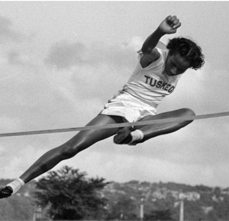 Alice Coachman was the first African American woman to win an Olympic gold medal for the high jump at the 1948 London Olympics.  #1fakt  1fakt.tumblr.com