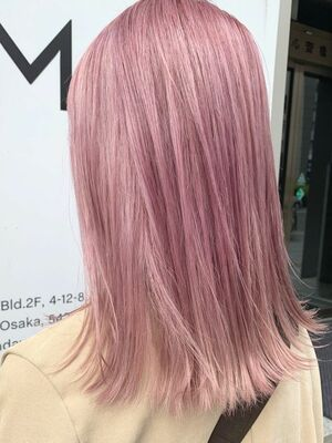 武田 響 ミルクティーカラー ピンクベージュはinstagramを利用しています ミルクティーベージュ 1回ブリーチで出来ます 黒染め 暗いカラー繰り返してる方は2回必要な場合もあります Kyo ミルクティーカラー ケアブリーチ カラー 1 髪色 ミルク
