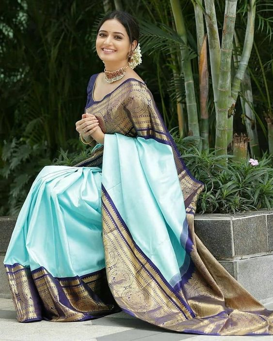 Old Is Gold Timeless Antique Sarees Styles To Look Out For Saree Styles Saree Look Stylish Sarees