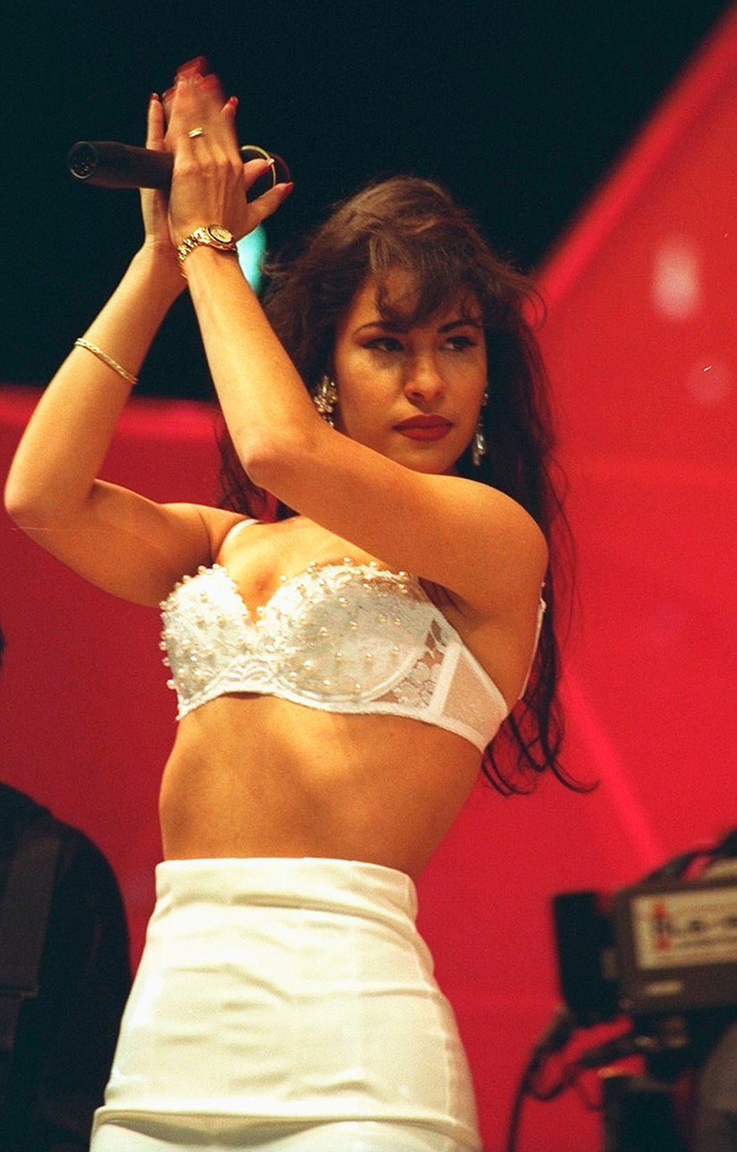 Selena Hologram Is Not 'Creepy or Weird,' Says Sister