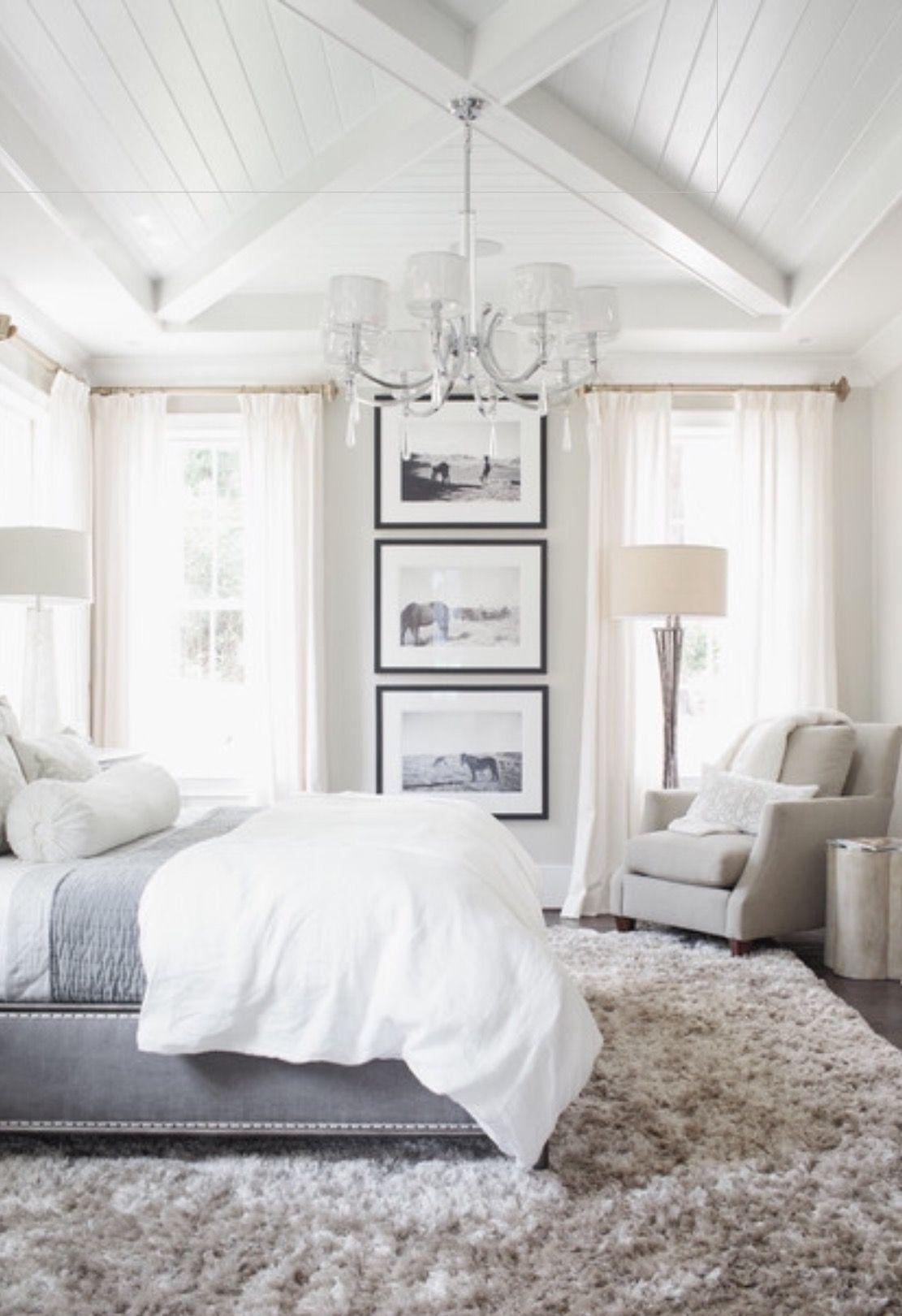 I like the frames between the windows look | Bedrooms | Pinterest ...