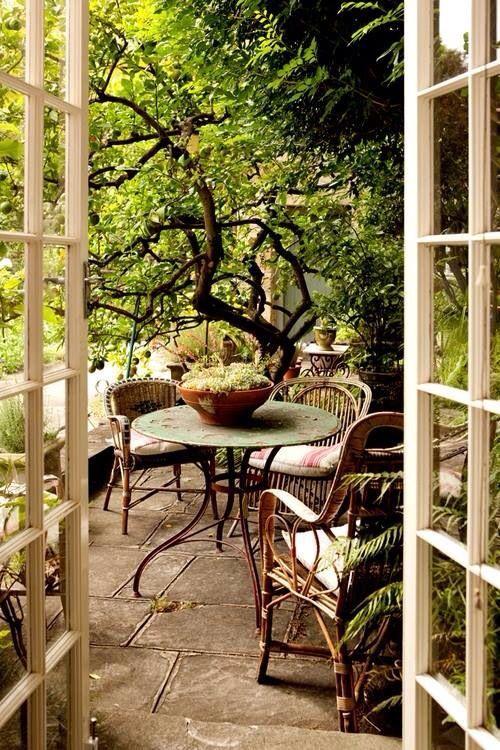 10 id es pour une chambre romantique home d coration - Petit jardin romantique tours ...