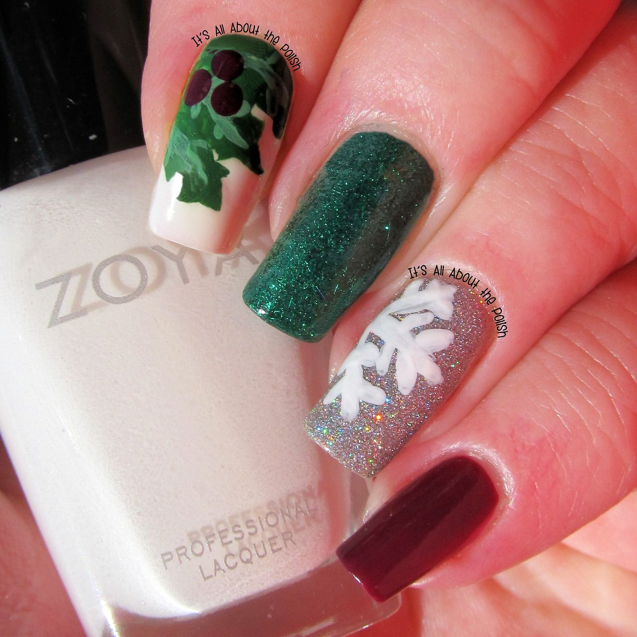 Snowflake And Mistletoe With Glitter Nails Winter Nail Art