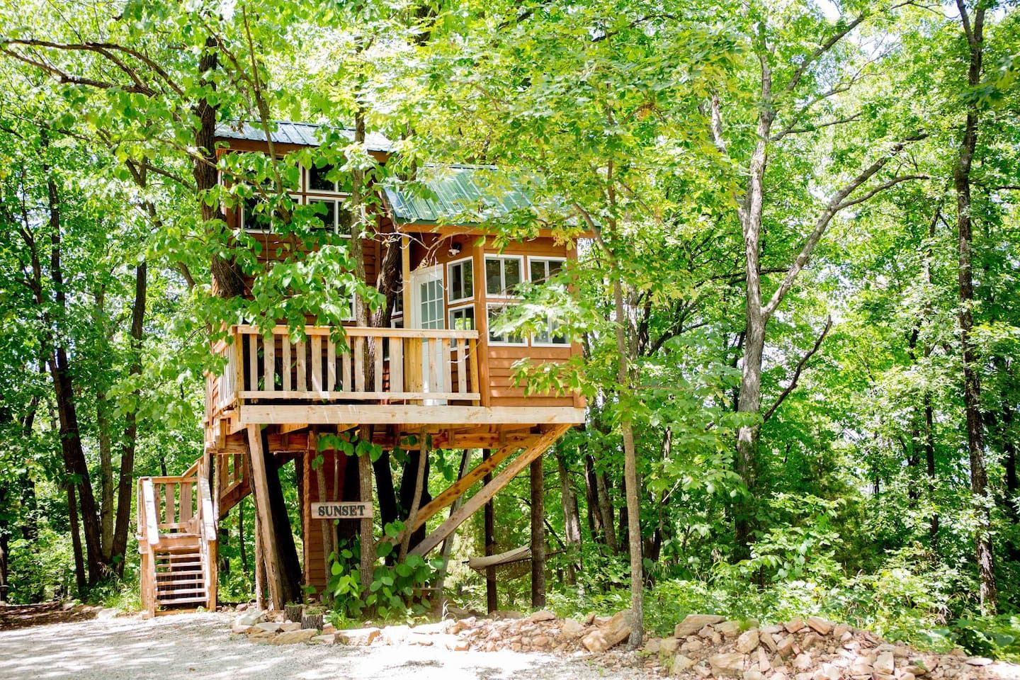 Sunset Tree House The Cottage Treehouses for Rent in