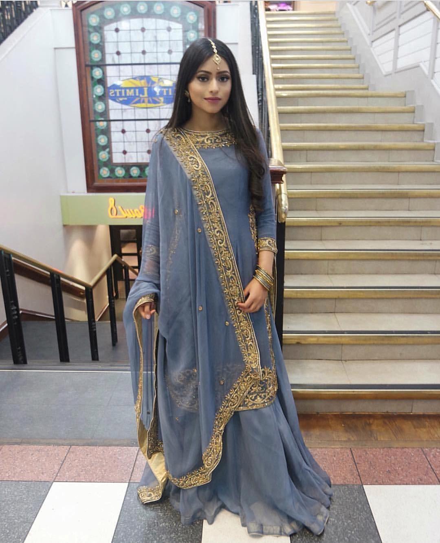 2865b133a9 Pakistani Gowns, Pakistani Party Wear, Pakistani Clothing, Pakistani  Wedding Outfits, Pakistani Couture