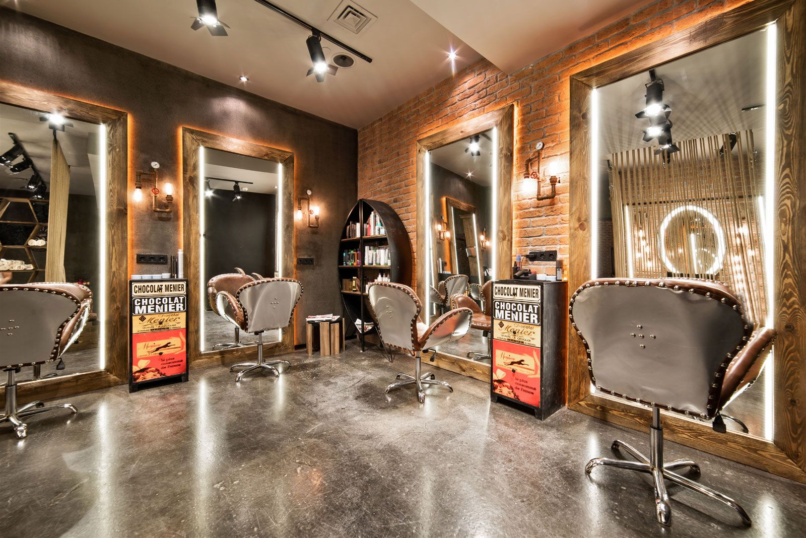 Modern Beauty salon Interior with classical Touch in Lithuania ...