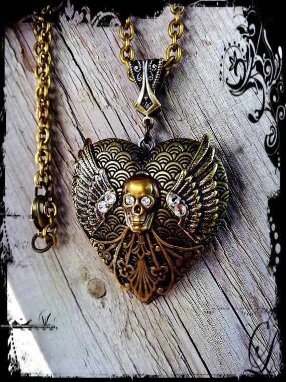 Large Gothic Locket Pendant - Skull 0a90e43a7b9