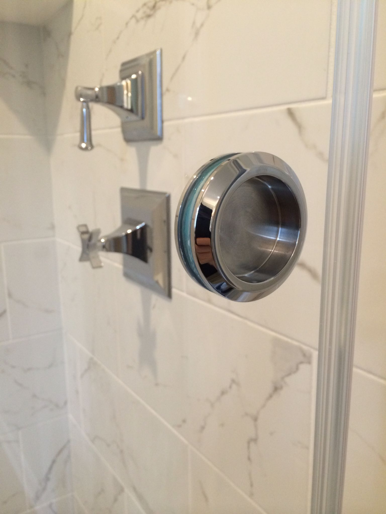 2 Closed Circle Pull Typically Used With Sliding Shower Doors