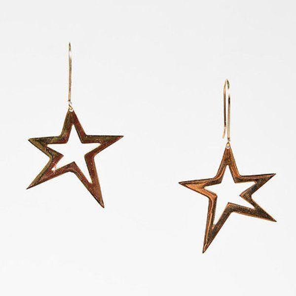 Pre-Owned Lana $500 14k Yellow Gold Asymmetrical Star Drop Earrings ($315) ❤ liked on Polyvore featuring jewelry, earrings, multi, star drop earrings, yellow dangle earrings, gold dangle earrings, star dangle earrings and drop dangle earrings
