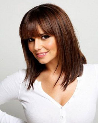 23 Stylish Hairstyles For Brunettes Pretty Designs Mid Length Hair With Bangs Hair Styles Medium Hair Styles