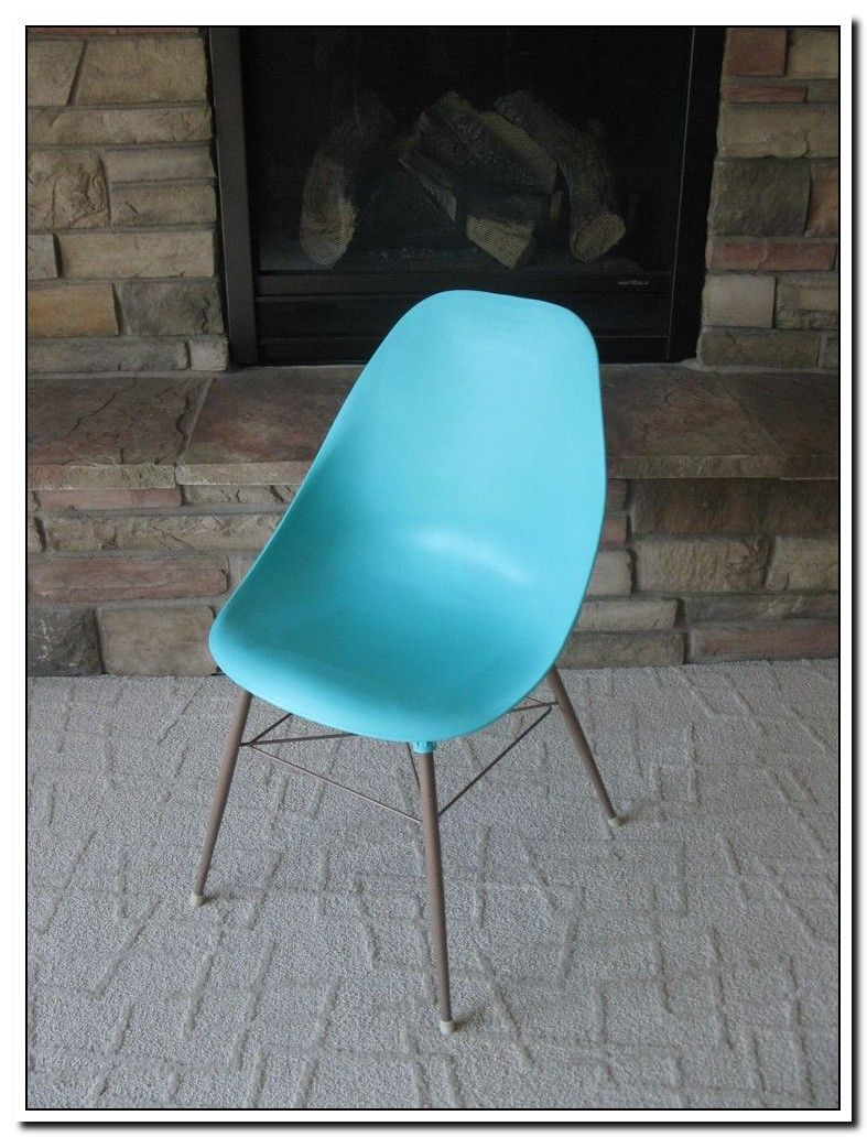 85 Reference Of Old Plastic Chair Ideas In 2020 Retro Home Decor Retro Home Plastic Chair