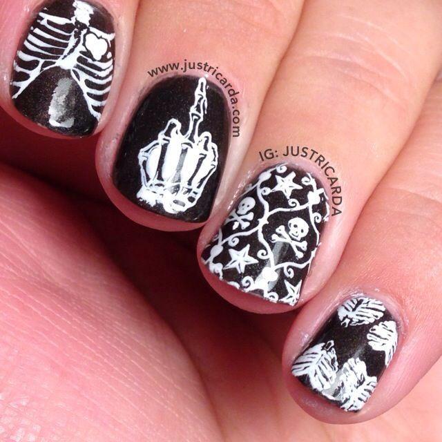Halloween nail art, skulls, skeleton, black and white, stamping nail art - Acrylic Nails Cheetah Print Nail Art Pinterest Halloween