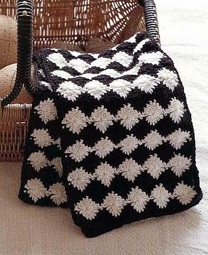 Black and White Afghan free crochet graph pattern