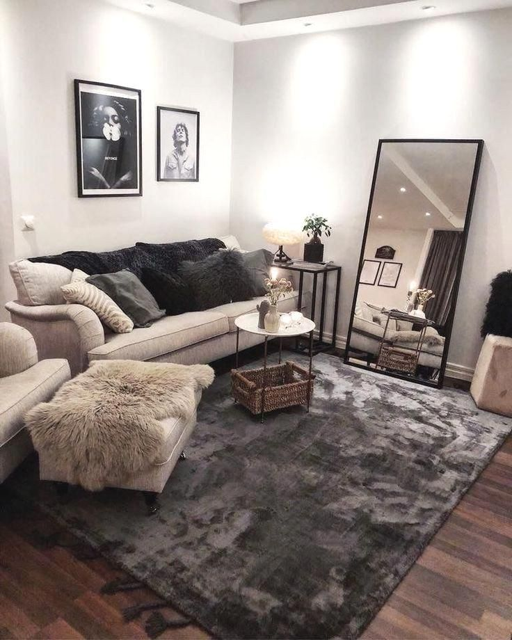 48 Cozy Farmhouse Living Room Decor Ideas That Make You Feel In Village Gentil In 2020 Small Apartment Living Room Farm House Living Room Apartment Room