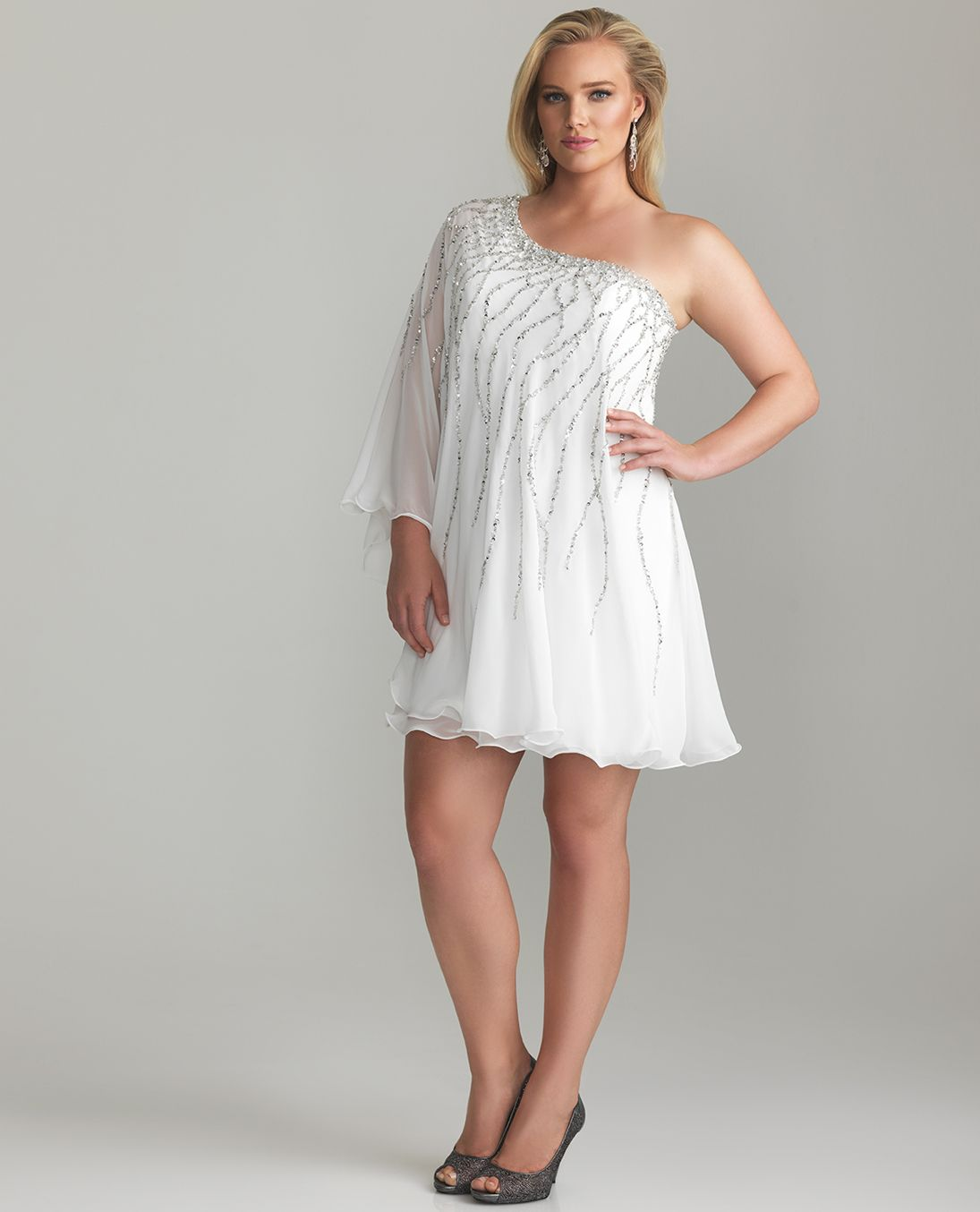 Short Formal Glamour Dresses for Your Best Moment : Plus Size ...