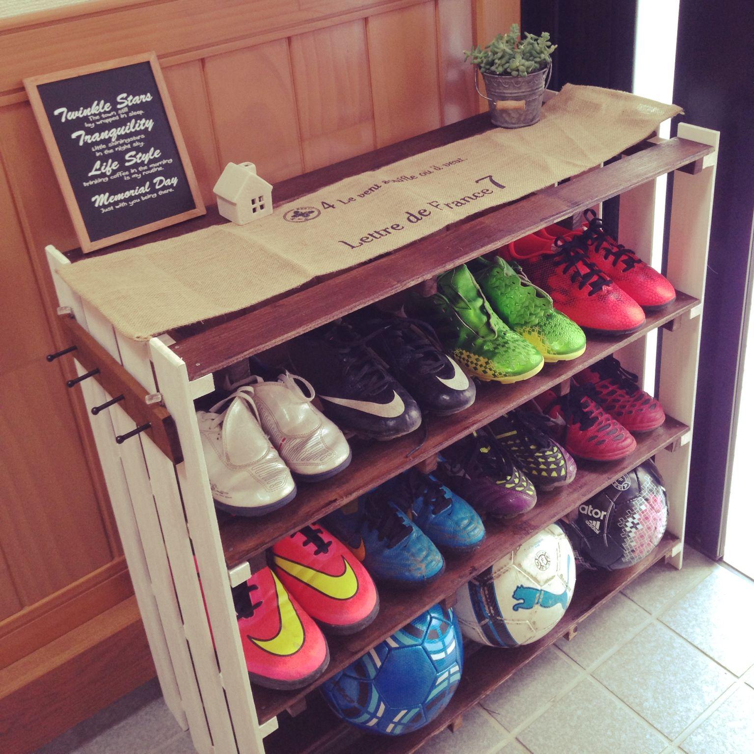 玄関/入り口/サッカー好き/増え続けるスパイク/靴箱 DIY/セリア