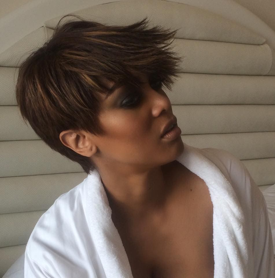 Tyra - Short Hair Can Blow In The Wind Too - http://community.blackhairinformation.com/hairstyle-gallery/celebrities/tyra-short-hair-can-blow-in-the-wind-too/