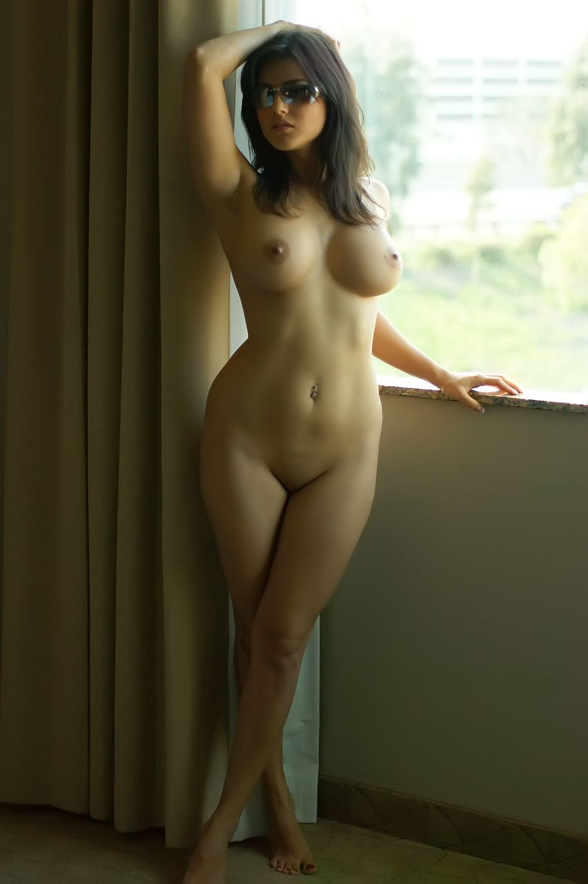 Actress Sunny Leone Indian full nude big boobs