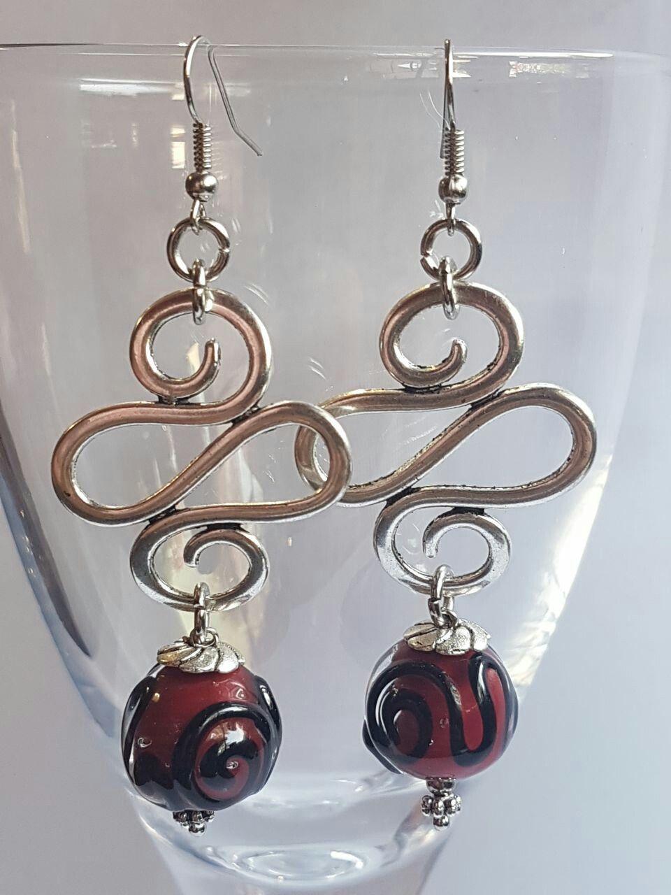 Damselfly Firebeads - Maroon swirl lampwork earrings by Anria Kriel