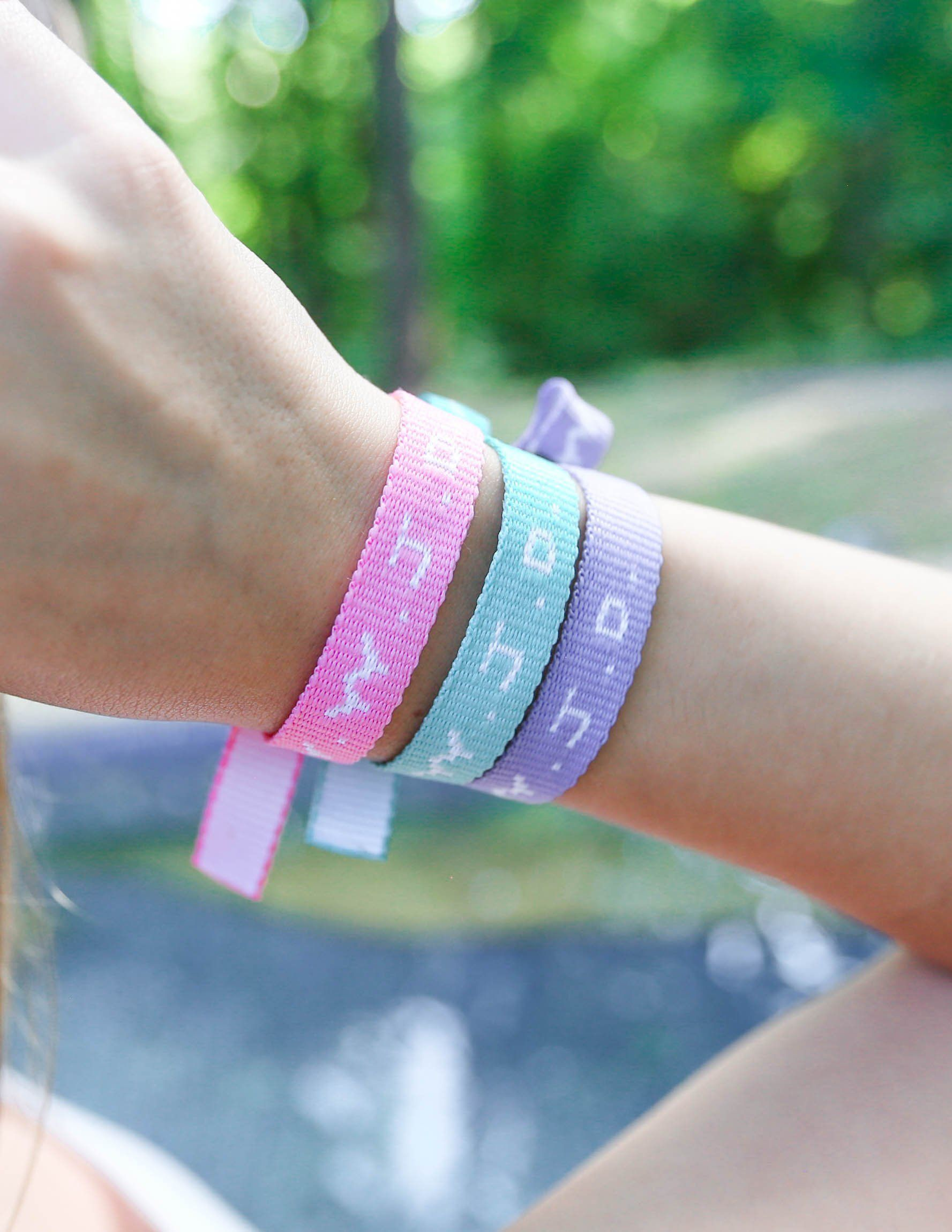 50 Pack Explore God Wristbands