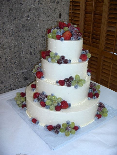 wedding cakes decorated with strawberries frosted fruit wedding cake creative cakery 24159