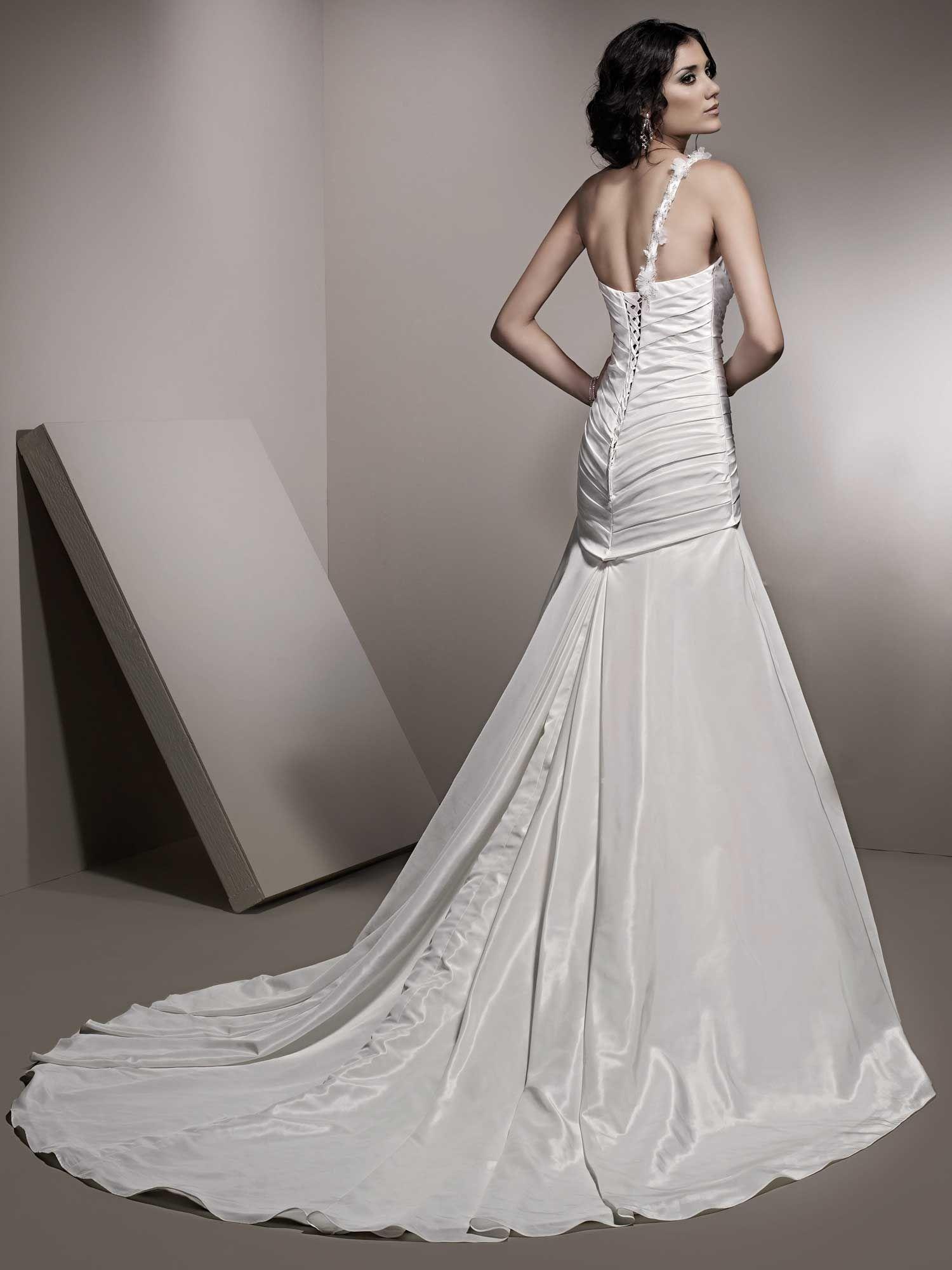 One strap wedding dress  Breathtaking  The Dress  Pinterest