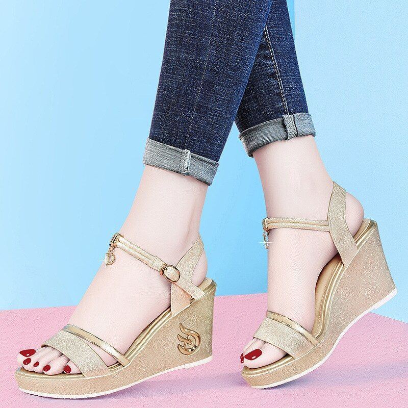 #dunhu #slanted #heel #thick #bottomed #sandals     Source by accesories0541 #Bottomed #Dunhu #Female #Heel #Immortal #Platfo #sandals #Shoes #Slanted #Style #Summer #Thick #Wedges Shoes 2019 #womens