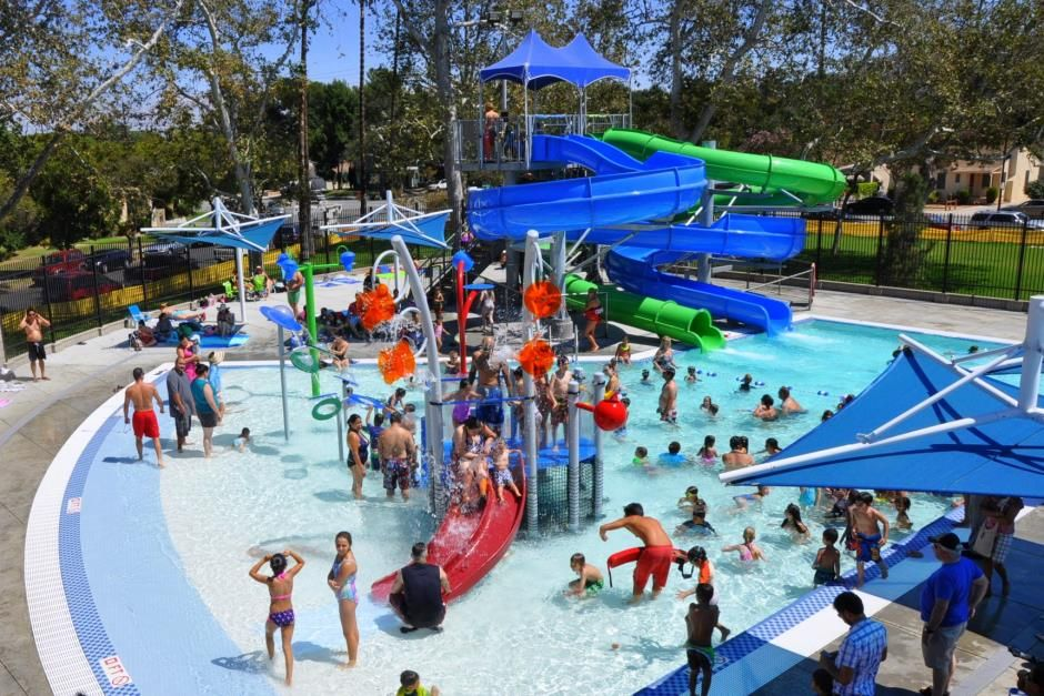 Mccambridge Pool Burbank Things To Do With Zo Pinterest Water Playground And Park