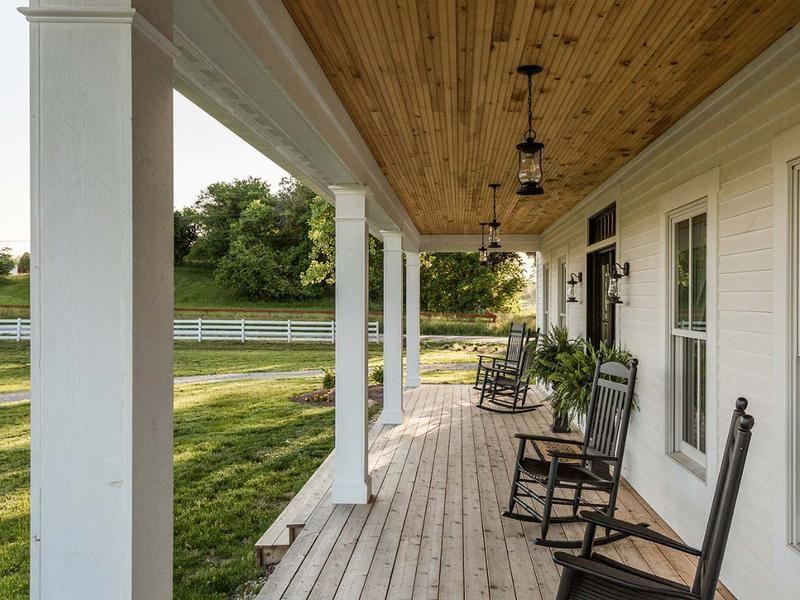 Porches de casas modernas affordable dormitorios modernos for Casa moderna naga city prices