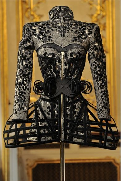 Worth Haute Couture Fall Winter 2011/2012 collection