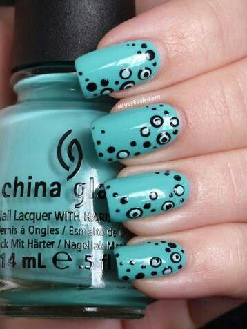 Aqua & black dots