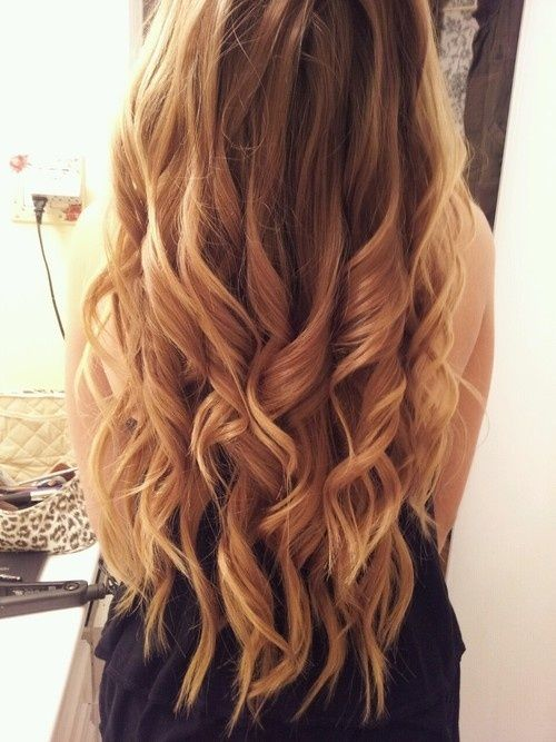 long, curly hair <3