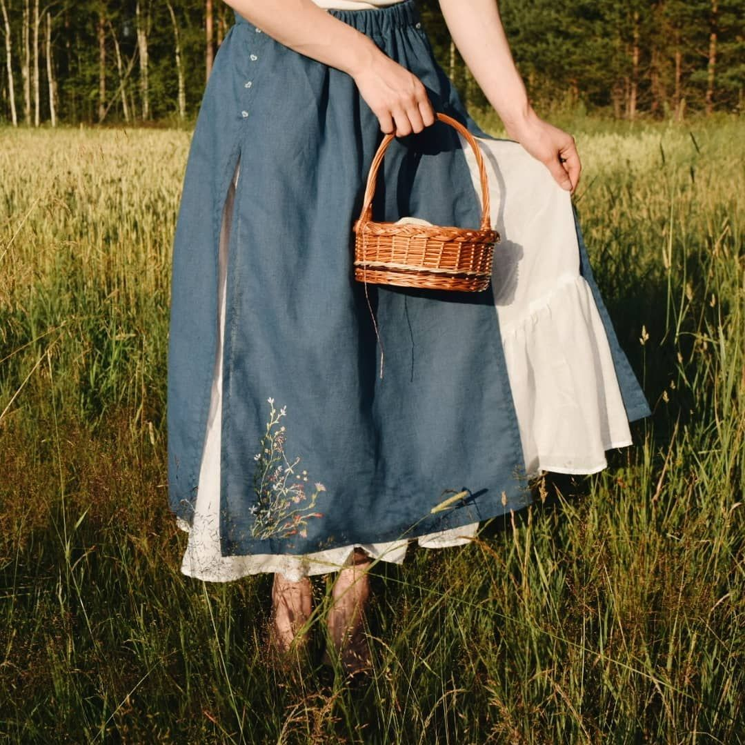 Fashion Style Stylish Love Me Cute Nails Hair Beauty: Oh, How I Love Long Skirts! 🌿 And We Made This One For Our