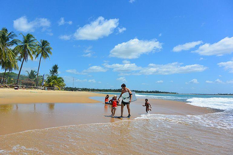 Arugam Bay Sri Lanka http://monasdailystyle.fitfashion.fi/2015/07/19/i-love-arugam-bay/