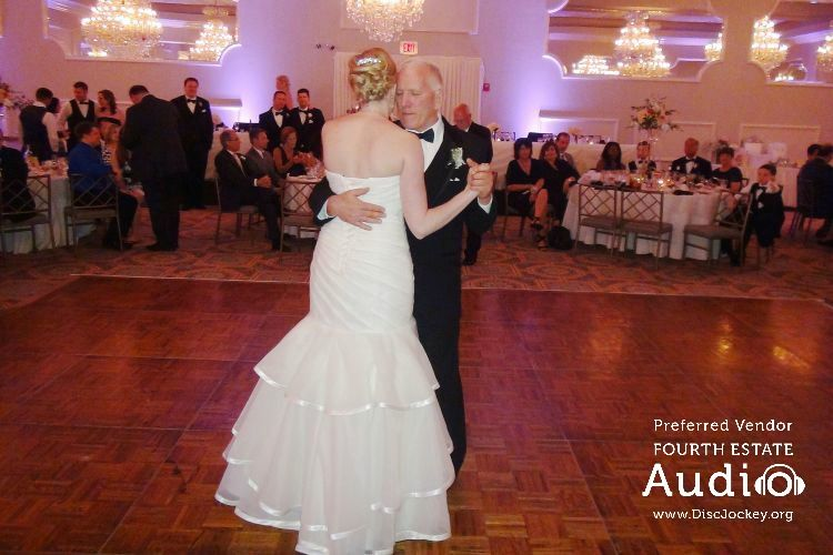 Chicago Dj Chicago Wedding Dj Uplighting Fourth Estate Audio Chicago Wedding Wedding Dj Wedding