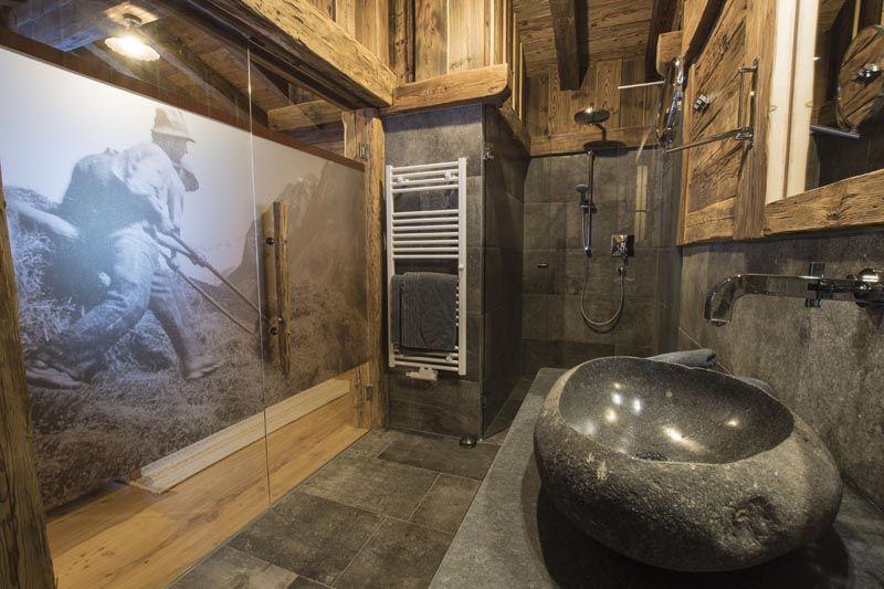 Bildergalerie gletscher chalet in neustift bad in 2019 for Exclusive badezimmereinrichtung