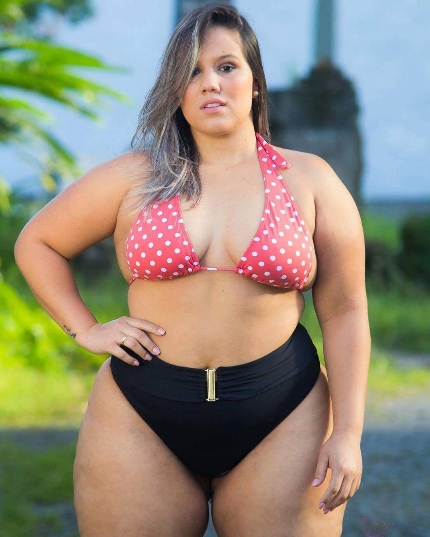 Amateur busty curvy bbw women