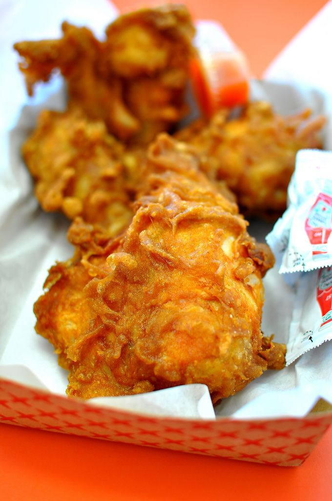 Honey S Kettle Compton Fried Chicken Recipes Food Recipes