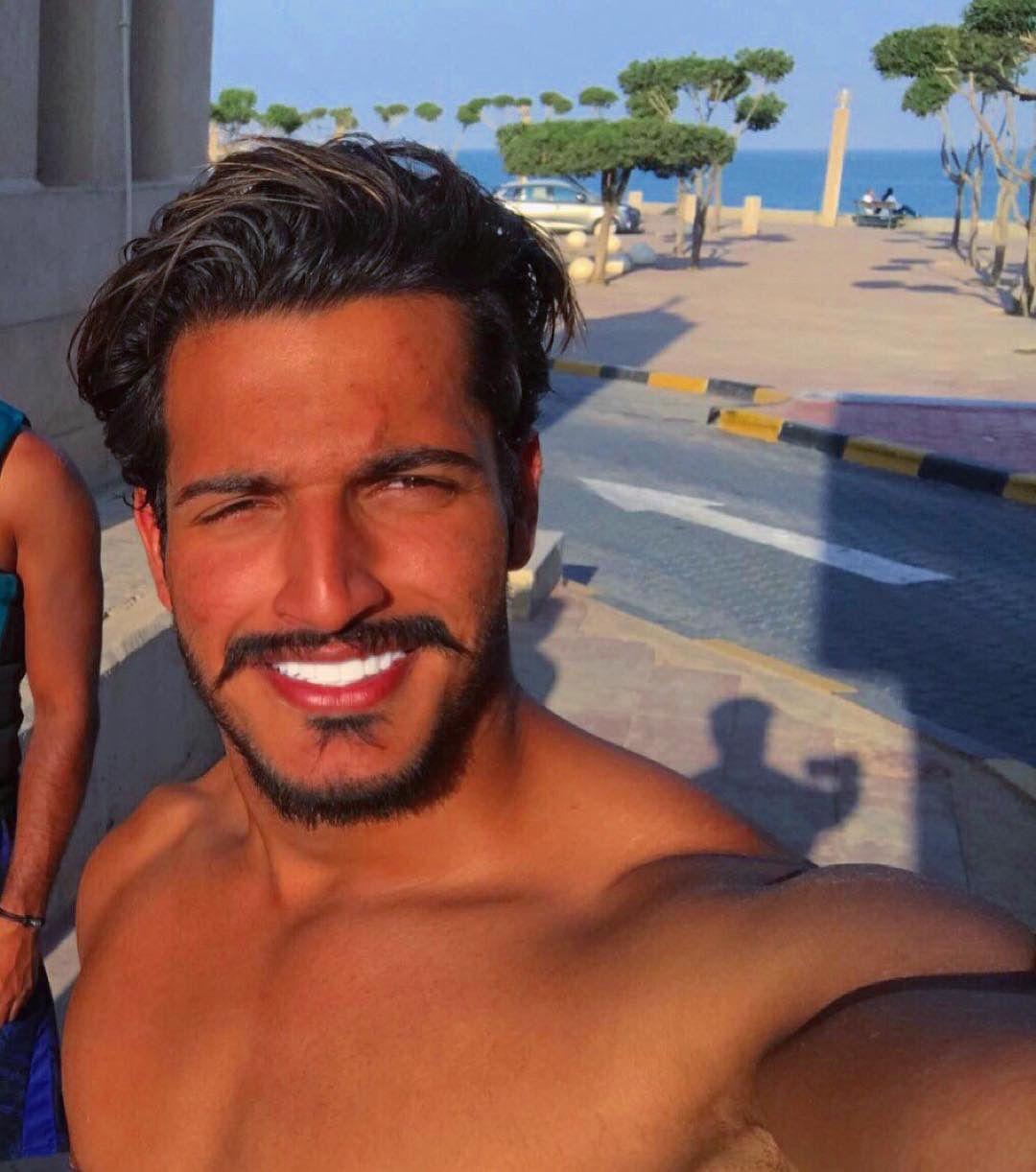 Kuwaiti Men Essa Almarzoug Kuwaiti Guys Arab Men Gulf Arab Men Khaleeji Men Handsome Khaliji Men شباب الكويت عيسى المرزوق Arab Men Shirtless Men Beautiful Men
